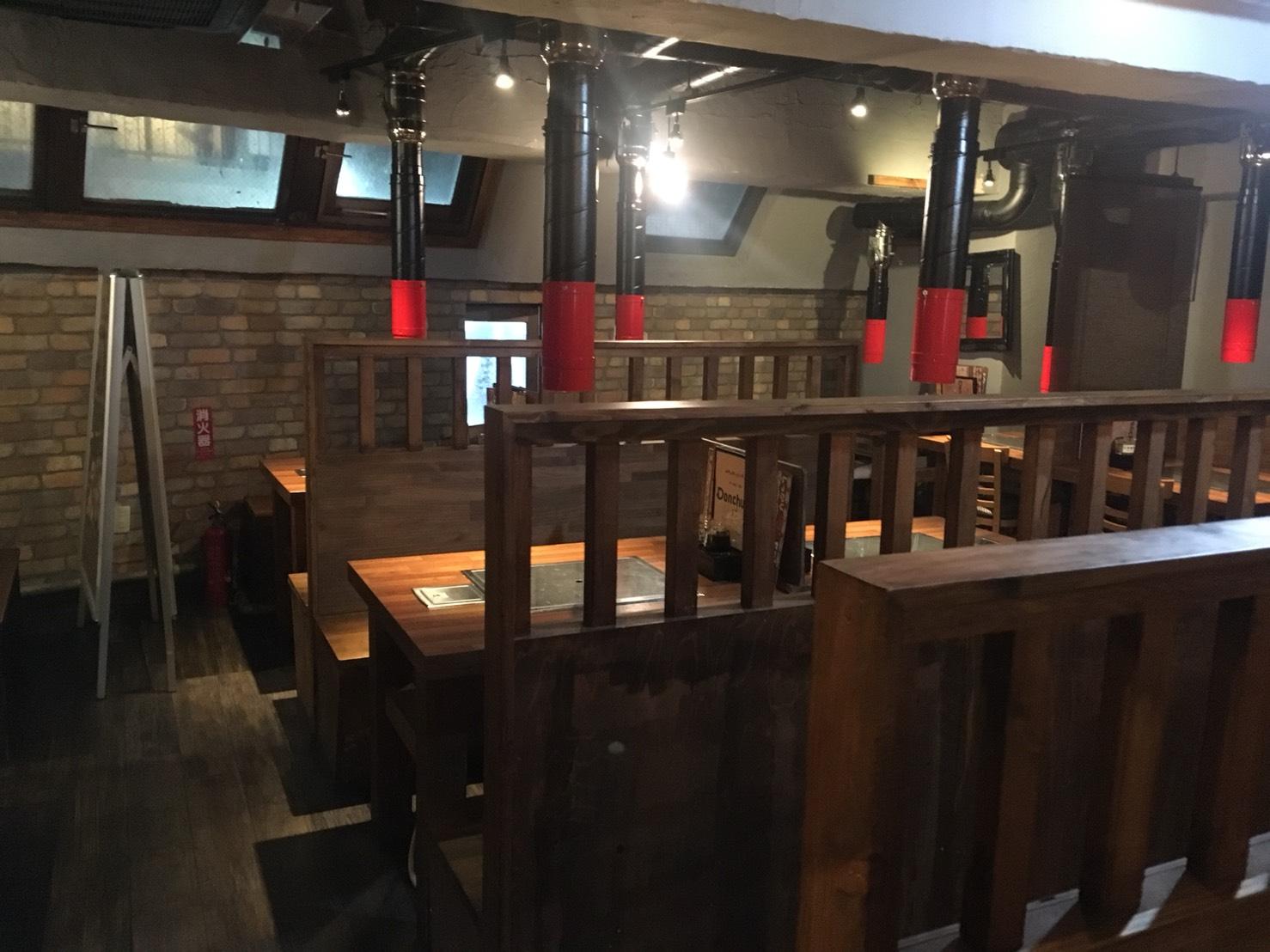 【池袋駅】学生人気高め!韓国料理1,980円食べ放題の激安!「トンチュヤ 池袋東口店」の店内
