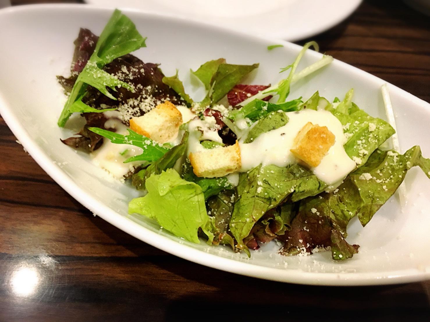 【池袋駅】自家製パン食べ放題とグリルで満腹「ビストロ309」のサラダ