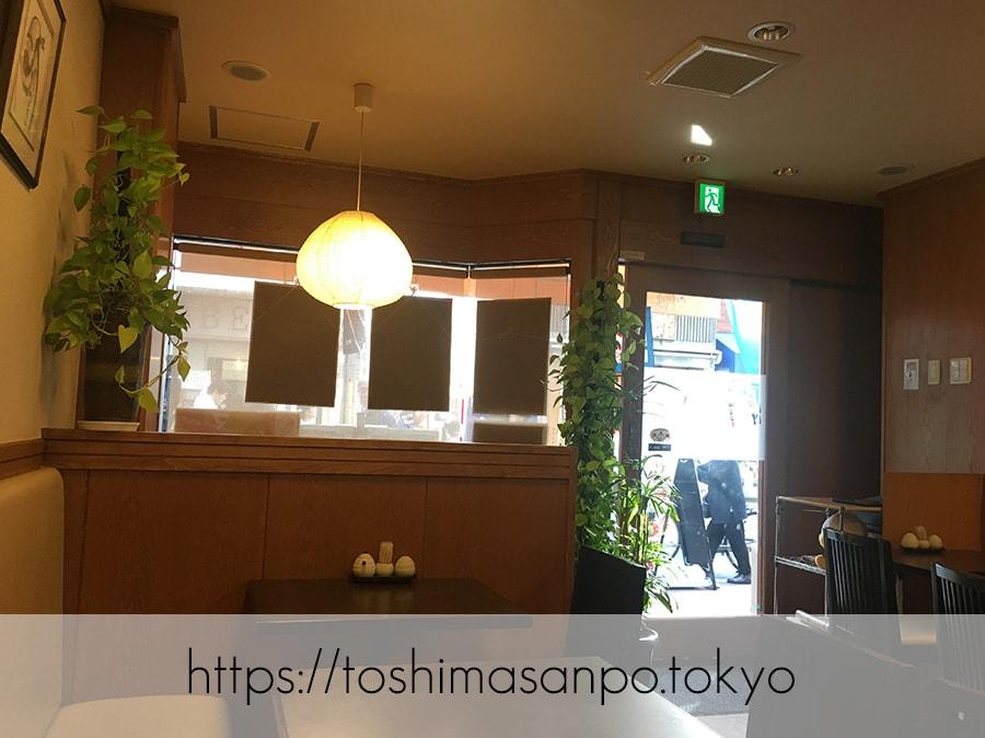 【巣鴨駅】お散歩途中に立ち寄りたい!丁寧で大人な洋食がとっても美味しい「お食事と甘味 たけやま」の店内2