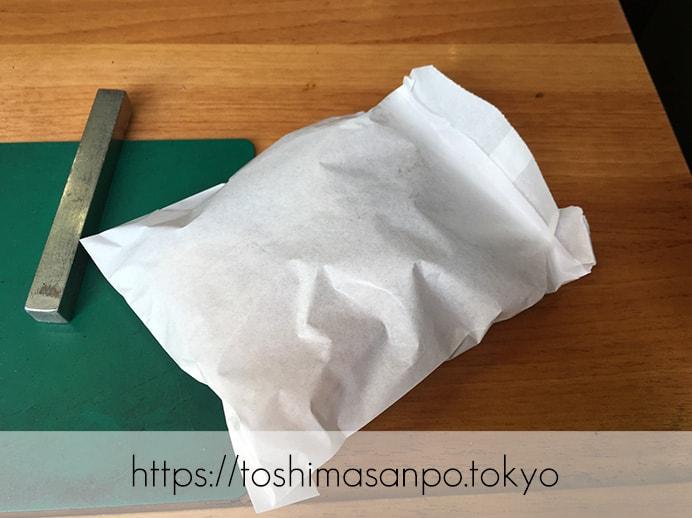 豊島区・池袋駅周辺:散策のお供にたい焼き食べよう〜!美味しいと有名な5店舗をご紹介。の福義(福よし)のたい焼きの包装