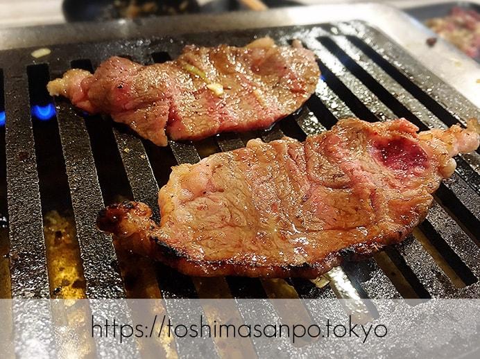 【大塚駅】独特な下味のお肉がなるほど美味しい!終戦のヤミ市から続く老舗焼肉「とらじ亭」の焼肉3